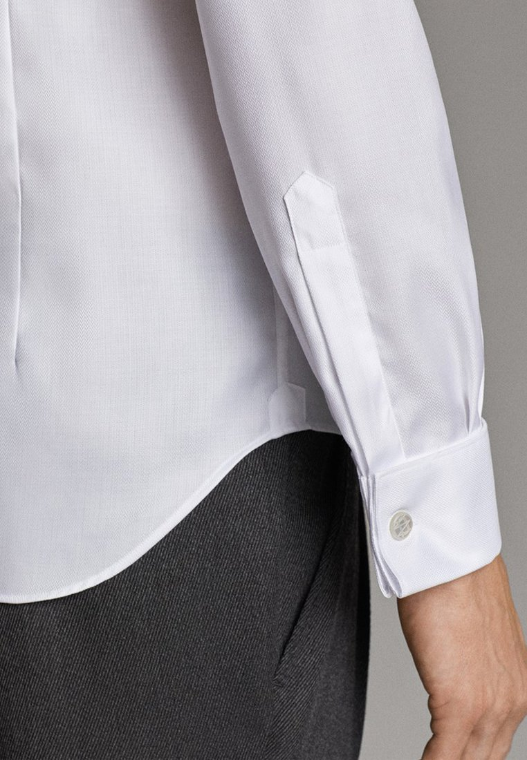 Massimo Dutti TAILORED FIT - Koszula - white
