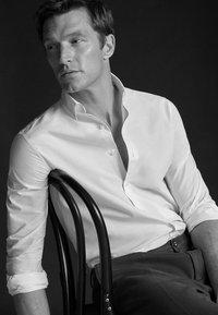 Massimo Dutti - 00108125 - Skjorta - white - 2