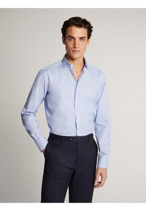 GESTREIFTES SLIM-FIT-HEMD AUS BAUMWOLLE »EASY IRON« 00162262 - Camicia elegante - light blue