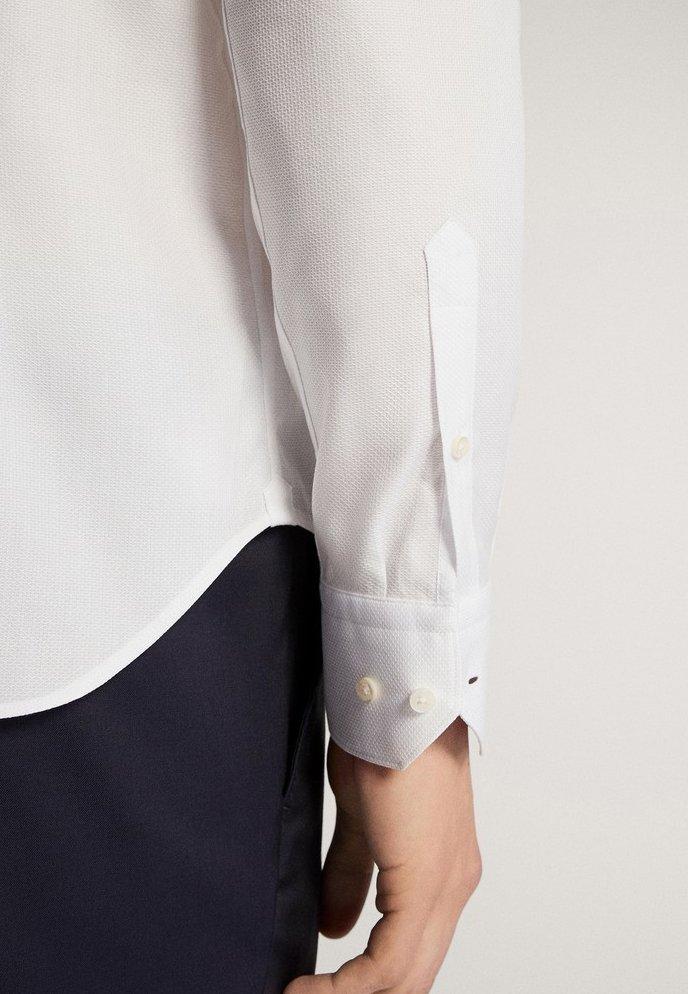 Massimo Dutti Slim-fit-hemd Aus Baumwolle Mit Wabenstruktur 00163263 - Business Skjorter White