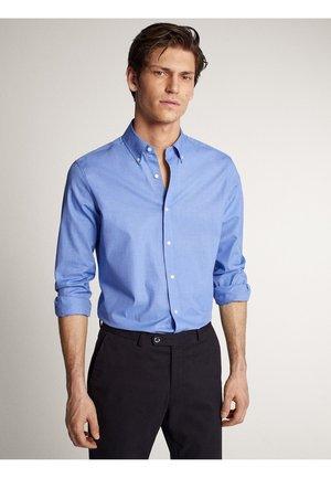 MIT STRUKTURMUSTER - Kostymskjorta - blue
