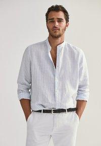 Massimo Dutti - Shirt - light blue - 0