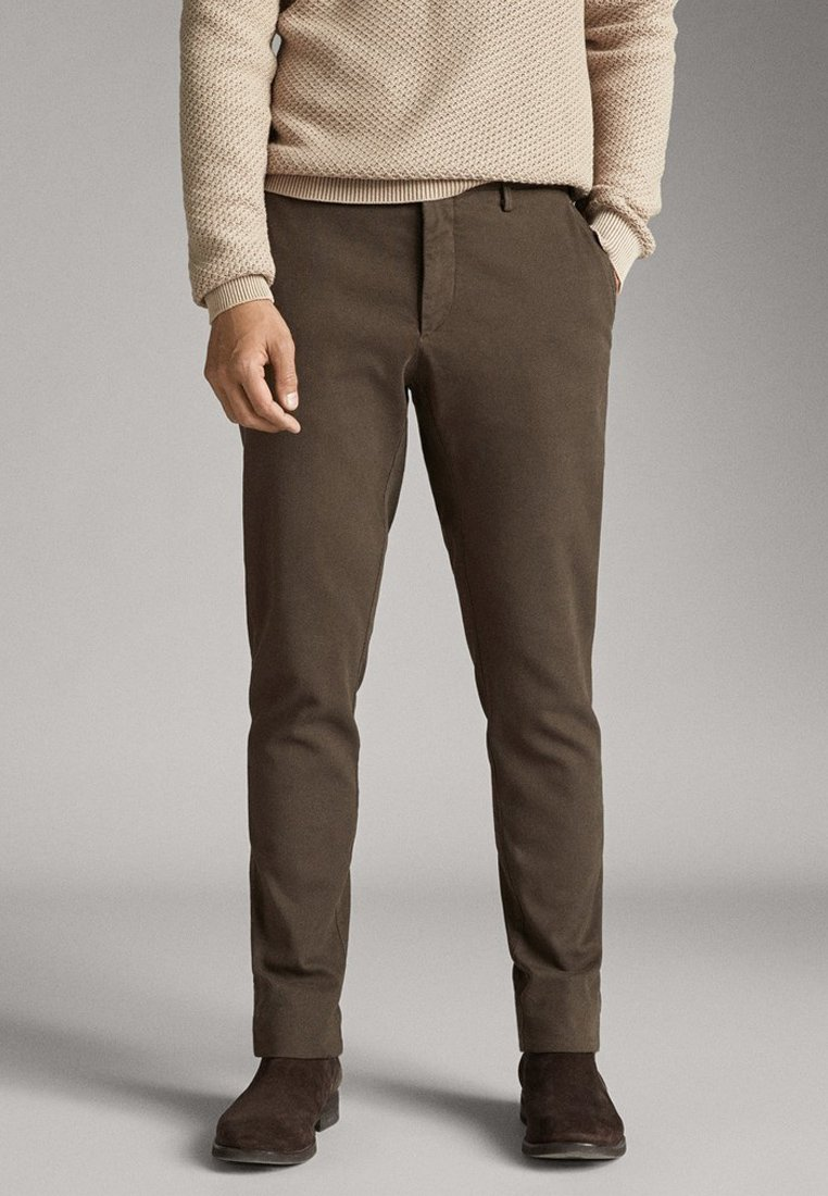 Massimo Dutti - SLIM-FIT-CHINOHOSE - Chinos - khaki