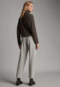 Massimo Dutti - Pantalon classique - mottled gry - 2