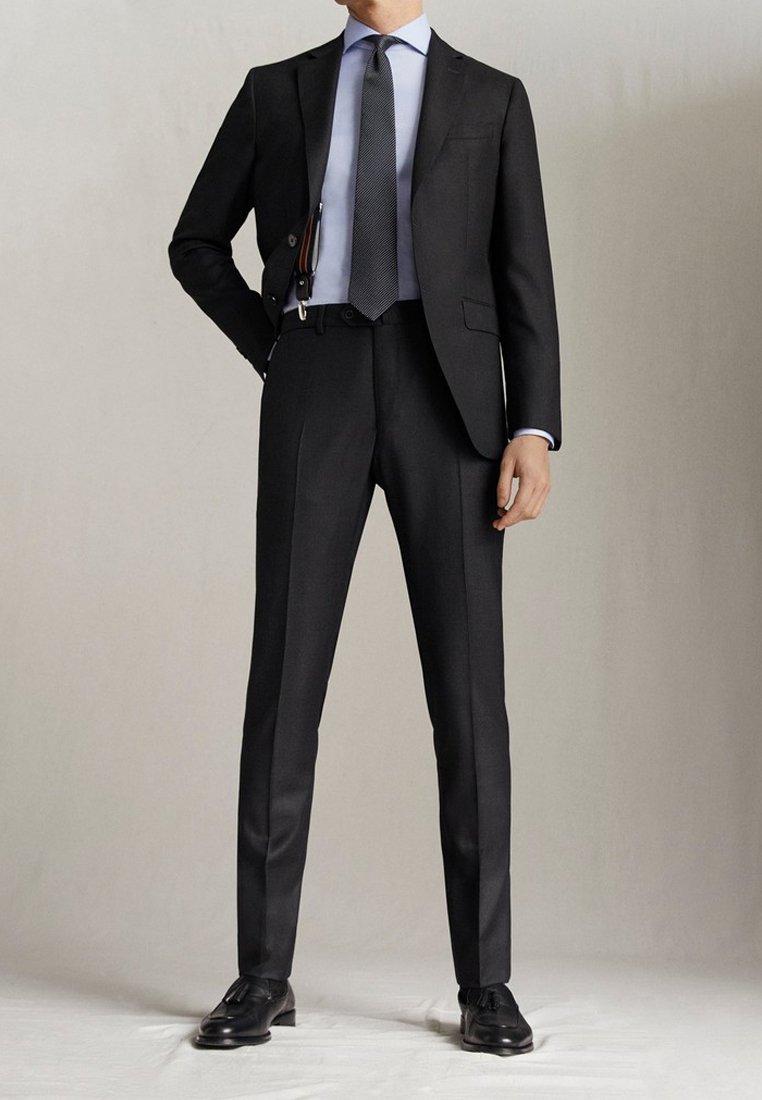 "Massimo Dutti - SLIM-FIT-HOSE MIT DONEGAL-STRUKTUR AUS WOLLE ""SUPER 130"" 0006033 - Pantaloni eleganti - dark grey"