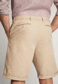 Massimo Dutti - Shorts - beige - 1