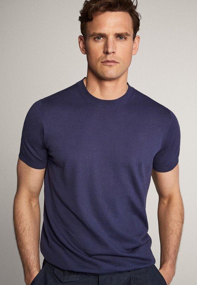 IM CITY - Basic T-shirt - blue