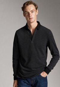 Massimo Dutti - MIT STRUKTURMUSTER  - Polo shirt - black - 6