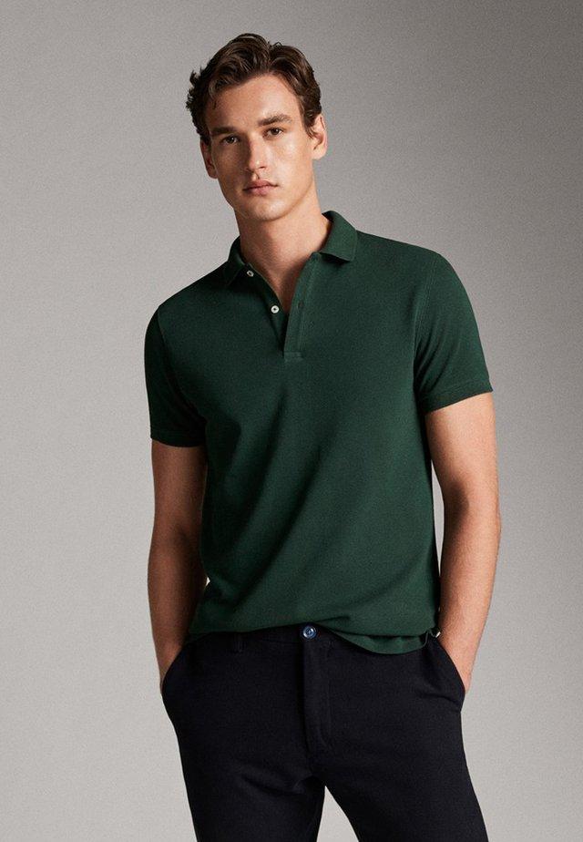 KURZÄRMELIGER  - Polo shirt - green