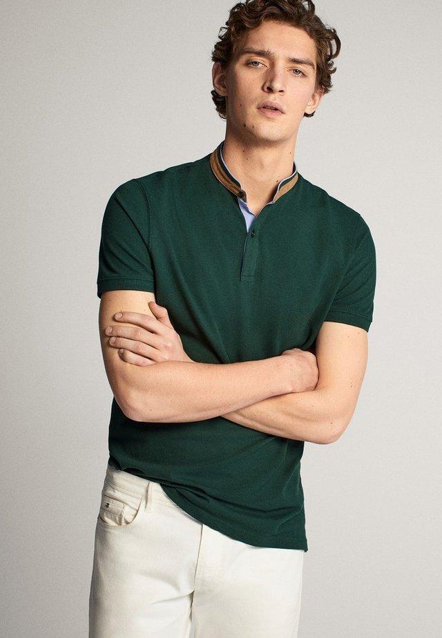 MIT MAOKRAGEN - Polo shirt - green