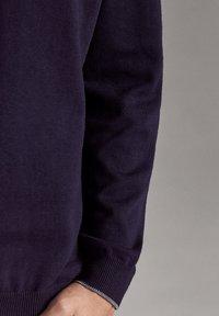 Massimo Dutti - MIT REISSVERSCHLUSS  - Jumper - dark blue - 4