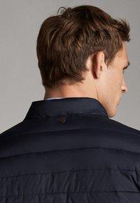 Massimo Dutti - Down jacket - dark blue - 6