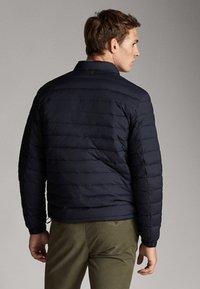 Massimo Dutti - Down jacket - dark blue - 2
