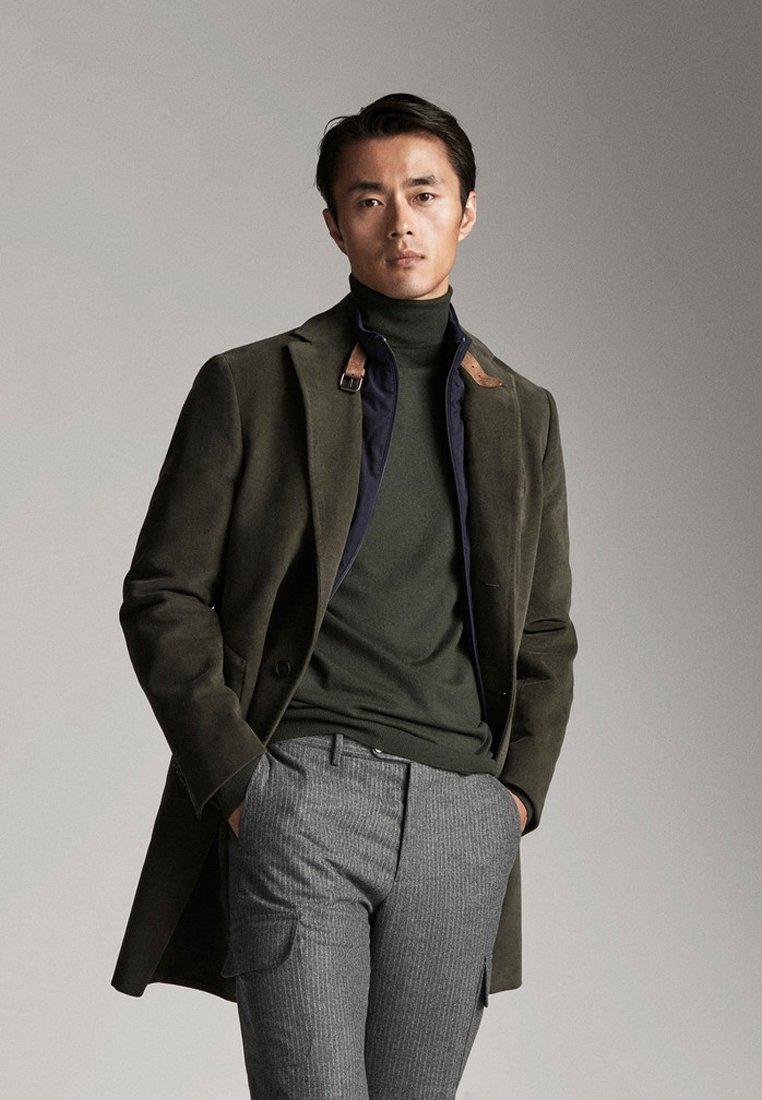 Massimo Dutti - MIT ABNEHMBAREM TEIL - Short coat - green