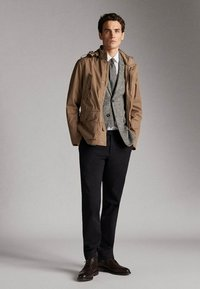 Massimo Dutti - JACKET WITH REMOVABLE GILET 03412222 - Parkas - beige - 1