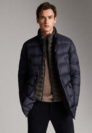 LANGE DAUNENJACKE IN MARINEBLAU 03435248 - Down jacket - blue