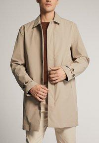 Massimo Dutti - Trenchcoat - beige - 4