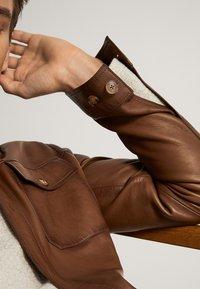 Massimo Dutti - Skinnjacka - brown - 5