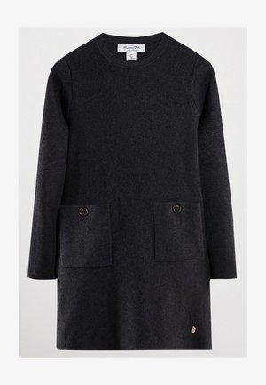 MIT TASCHEN  - Jumper dress - grey