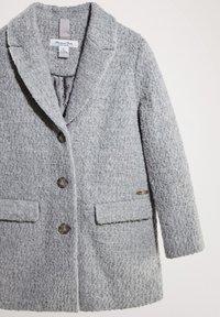 Massimo Dutti - MIT BOUCLÉ-STRUKTUR - Short coat - dark grey - 3