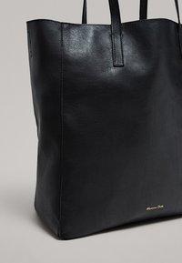 Massimo Dutti - Torba na zakupy - black - 3