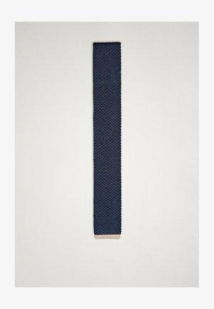 STRICKKRAWATTE AUS REINER SEIDE - Cravate - blue