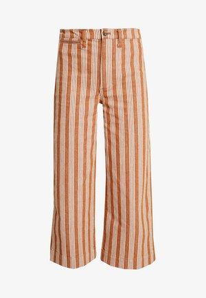 EMMETT BOLD STRIPE - Trousers - katherine golden pecan
