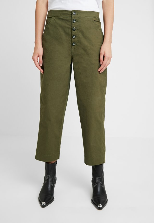 RELAXED LEG PANT BUTTON FRONT - Stoffhose - kale