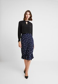 Madewell - PULL ON MIDI SKIRT IN DAISY - Gonna a tubino - dark nightfall - 1