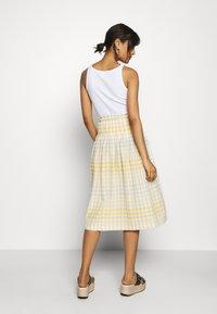 Madewell - PAPER BAG MIDI SKIRT - A-line skirt - ombre pollen - 2