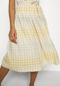 Madewell - PAPER BAG MIDI SKIRT - A-line skirt - ombre pollen - 3