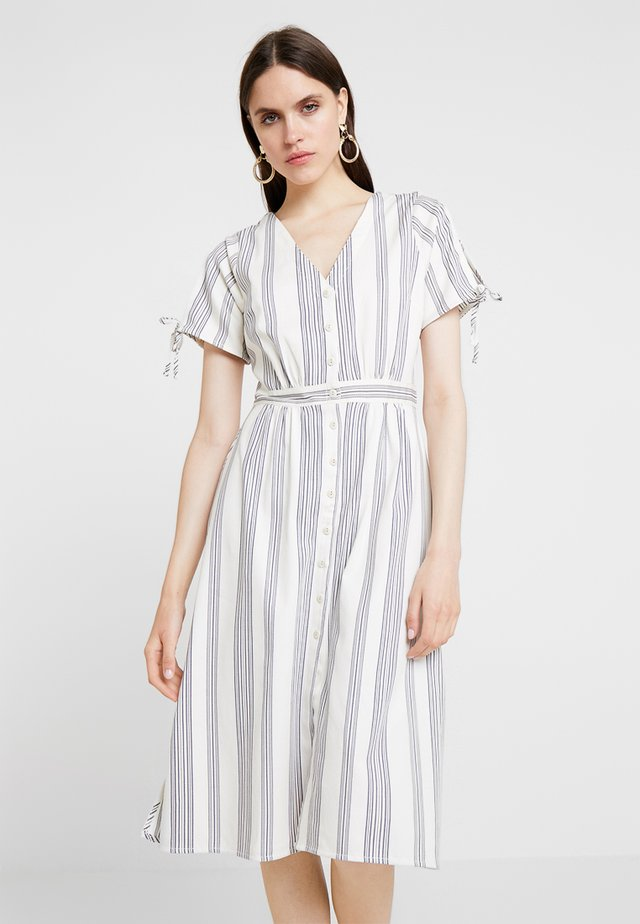 MIDI DRESS IN STRIPE - Blousejurk - blue/white
