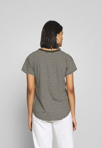Madewell - SORREL WHISPER CREWNECK TEE STRIPE - Print T-shirt - sydney stripe dried olive - 2