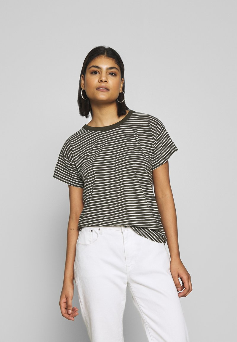 Madewell - SORREL WHISPER CREWNECK TEE STRIPE - Print T-shirt - sydney stripe dried olive