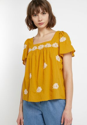 FLORAL BUTTERFLY - Blouse - tungsten glow