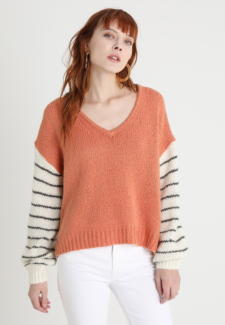 Madewell - COLORBLOCK FUZZY BALLOON SLEEVE - Strickpullover - faded coral