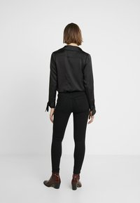 Madewell - THE ROAD TRIPPER  - Jeans Skinny Fit - bennett wash - 2