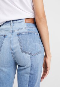 Madewell - NOVELTY CLASSIC IN - Straight leg jeans - clairmont wash - 6