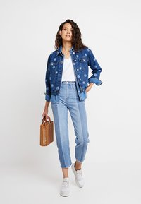 Madewell - NOVELTY CLASSIC IN - Straight leg jeans - clairmont wash - 2