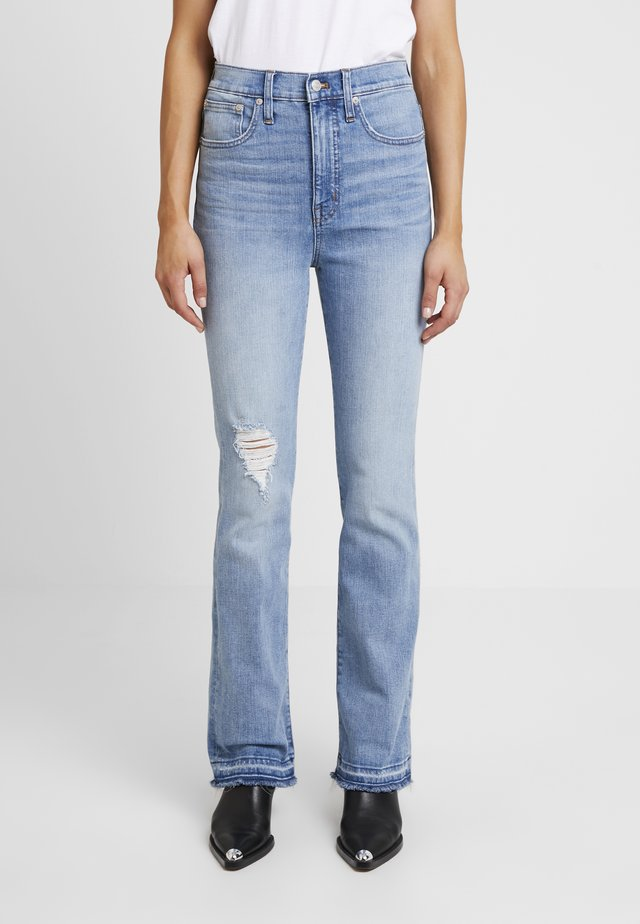 FAIR TRADE - Flared jeans - martie wash