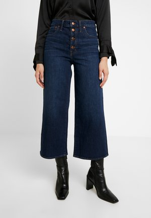 BUTTON FRONT WIDE LEG CROP - Flared Jeans - hayes wash