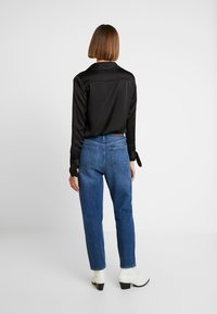 Madewell - MOM IN STRATFIELD - Slim fit jeans - stratfield wash - 2