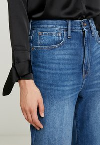 Madewell - MOM IN STRATFIELD - Slim fit jeans - stratfield wash - 3