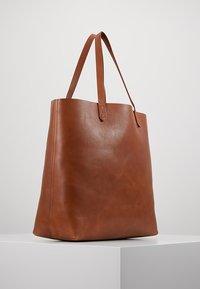 Madewell - TRANSPORT TOTE - Tote bag - english saddle - 3