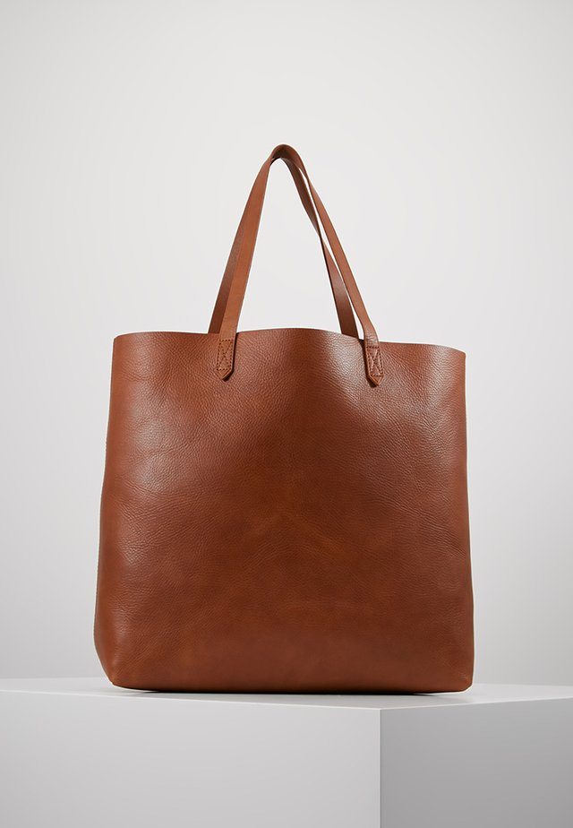 THE TRANSPORT TOTE - Shopping Bag - english saddle