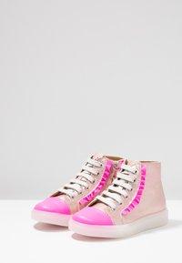 MAÁ - Sneaker high - fuchsia - 3