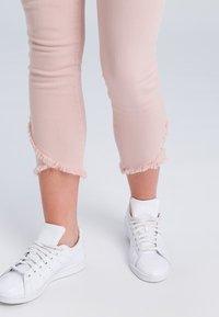 Marc Aurel - Slim fit jeans - nude - 3