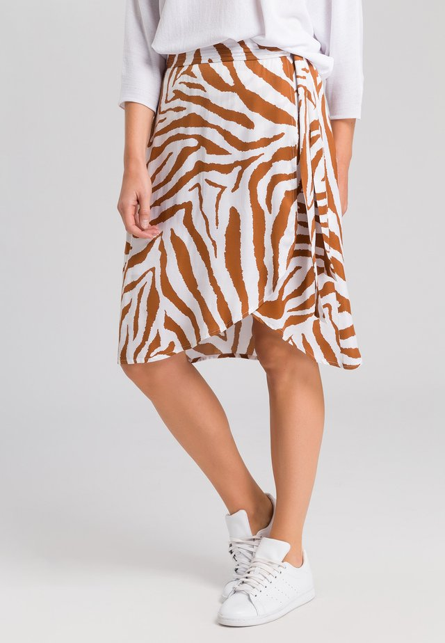 A-line skirt - white varied