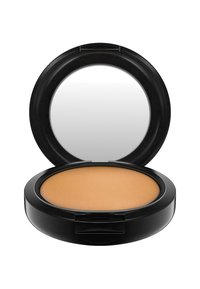 MAC - STUDIO FIX POWDER PLUS FOUNDATION - Foundation - c8