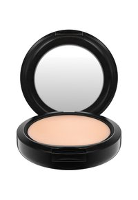 MAC - STUDIO FIX POWDER PLUS FOUNDATION - Foundation - n4 - 1